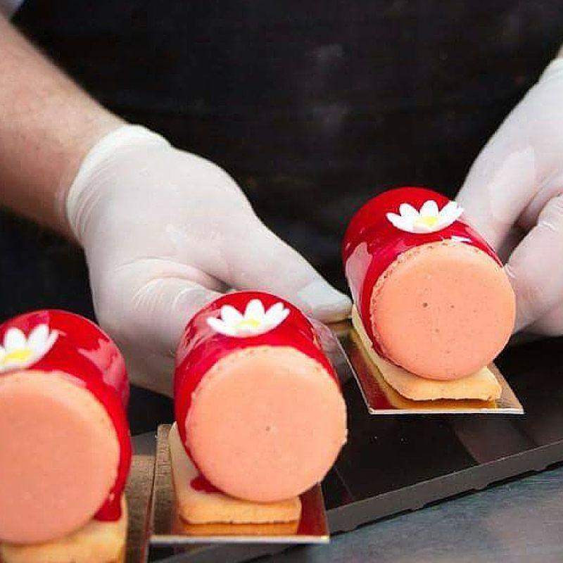 Raspberry mirror glaze desserts