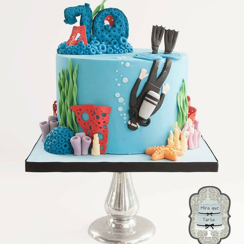 Diver and corals Cake by Mira que tarta
