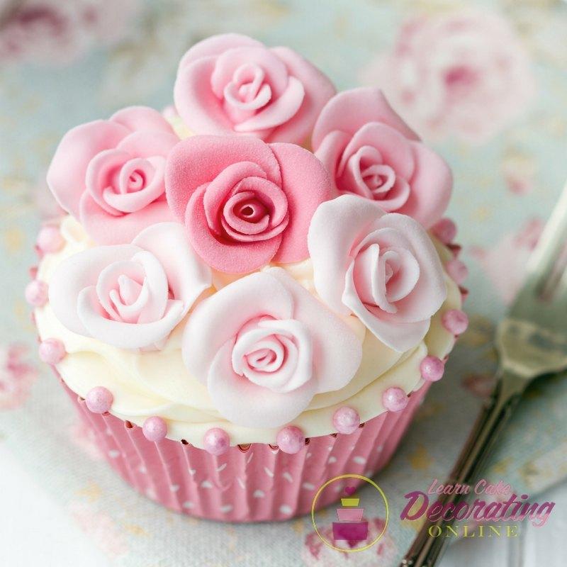 Rose Cake Class Yvette Marner cupcake