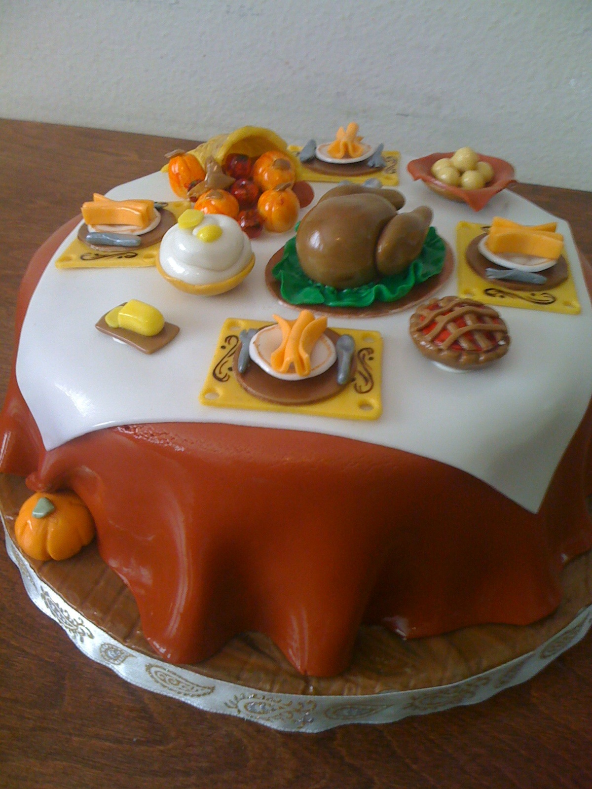 Thanksgiving Dinner Table Cake