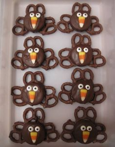 Chocolate Covered Pretzel Turkeys